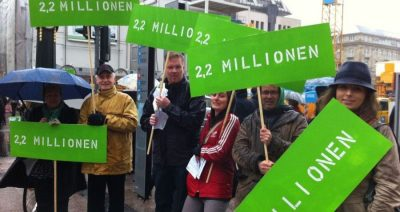 Die Grünen Düsseldorf bei einer Protestaktion