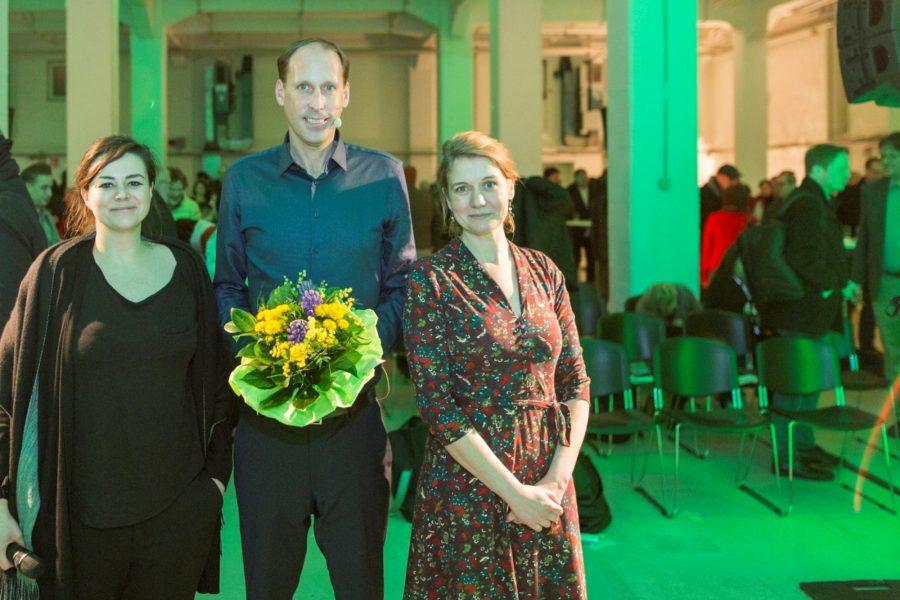 Paula Elsholz, OB-Kandidat Stefan Engstfeld, Mirja Cordes: Grüne DüsseldorfMV 21.01.2020 Foto: Dominic Heidl